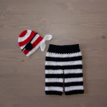 Crochet Black and White Striped Pants with Pirate Hat, Crocheted Baby Hat, Crochet Baby Hat, Crochet Set, Newborn Photo Prop, Pirate Set