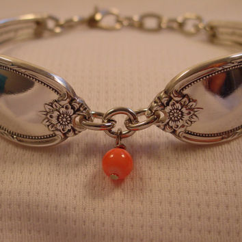 A Beautiful Spoon Bracelet Remembrance Pattern With Pink Bead Handmade Silverware Jewelry b77