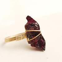 raw gemstone handmade roseo garnet ring gold wire wrap ring featuring natrual stone