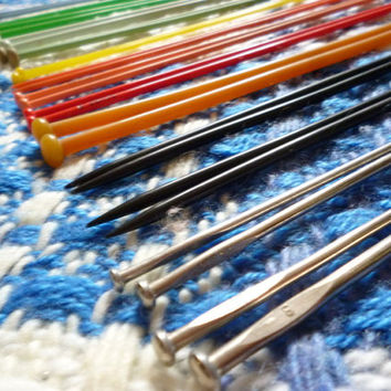 Knitting Needles, Knitting Accessories, Knitting Pins, Vintage Crafts, Knitting Needle Set, Knitting Supplies, Vintage Knitting Needles,