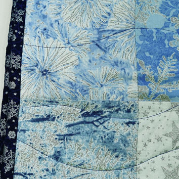 Quilted Table Runner, Christmas Table Topper, Silver and Blue Snowflake Quilted Tablerunner, Large Christmas Table Runner