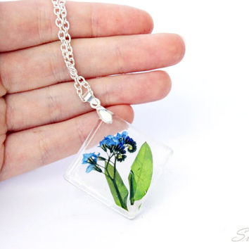 Resin Jewelry Pendant With Natural Flowers Handmade Rustic Woodland Style Necklace Real Flower Resin Jewelry Sky Blue Green Pendant Gift