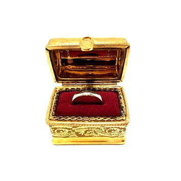 Chest Gold Incrustation Ring Box Numbered 1 of 500 First One Painted - Retired Rare Limoges Box