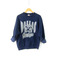Vintage Dallas Cowboys Football Sweatshirt Cotton blend sweatshirt Navy Blue Sporty Sweater NFL Athletics Thermal Shirt Coed Size Large