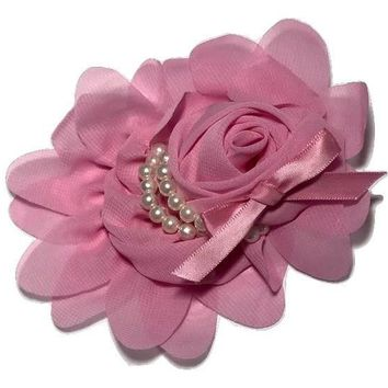 "Pink 4.5"" X 4"" chiffon rolled rose with pearl stands"