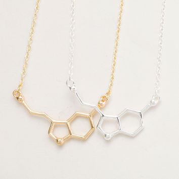 New 2016 Fashion Jewelry Serotonin Molecule Chemistry Necklace Small Pendant Necklaces for Women Cute Simple Party Jewelry N012