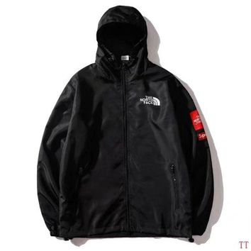 Supreme X The North Face Mountain Parka Metallic Black size M L XL XXL