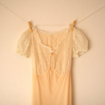Vintage 50's Pale Buttercream Yellow Lingerie by GypsyPlunder