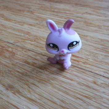 Littlest Pet Shop #1366 Pink Dwarf Bunny Rabbit With Brown Eyes