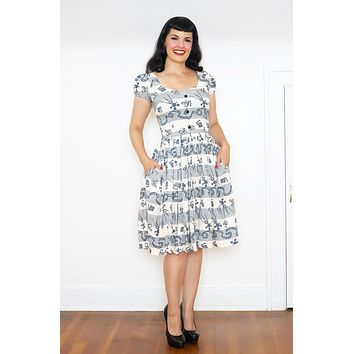 Florence Dress in Hollywoodland Rayon