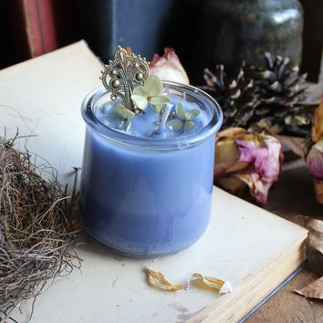 Quartz  - Crystal Infused Candle - Midnight Orchid