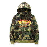 Winter new wave of brand THRASHER flame sweater hooded men and women hedging long-sleeved jacket lovers Camouflage