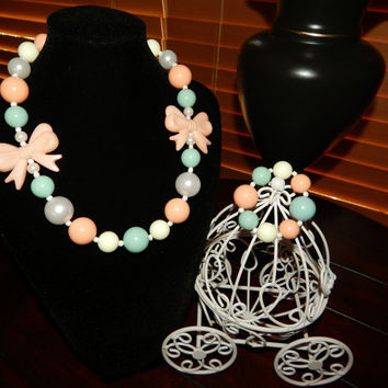Peach and Sea-Foam Green Chunky Bubblegum beaded Necklace, Easter