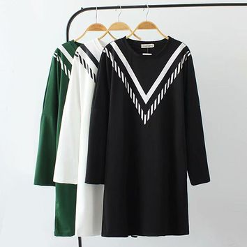 Plus size black & white & green geometric print sweatshirt femme 2018 spring autumn O-Neck long hoodies women tops pullovers