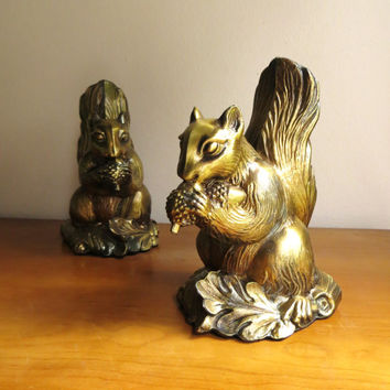 Vintage Squirrel Bookends, Dark Brass or Bronze Color Metal Bookends, Squirrel Figurines, Woodland Animal
