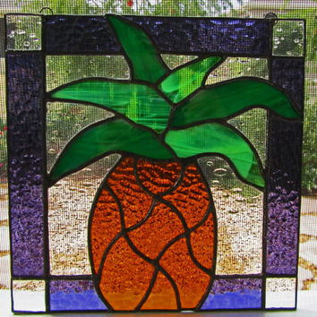 Pineapple Stained Glass Sun Catcher ~ Sign of Welcome ~ Garden Ornament ~ Pineapple Suncatcher ~ Tiffany Stained Glass