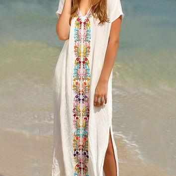 Fashion V-Neck Short Sleeve Embroidery Flower Split Beach Maxi Dress