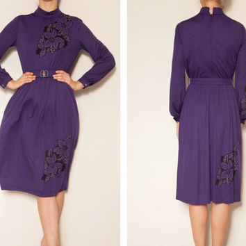 1970's japanese floral  purple vintage dress,Purple dress ,Floral dress,Dress with a matching belt, Long sleeve dress, Sheath dress