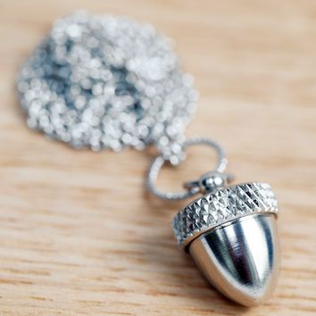 Secret Acorn Locket - Silver