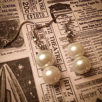 1920's style white faux pearl flapper earrings costume jewelry earrings 20s style 1920s inspired 20's art deco jazz era accessories