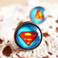 Handmade Gemstone Superman Stud Earrings = 1946149060