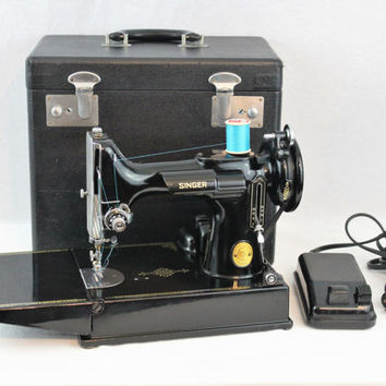 Vintage 1948 Singer 221 Portable Featherweight Sewing Machine and Carrying Case.  Serial # AH650975