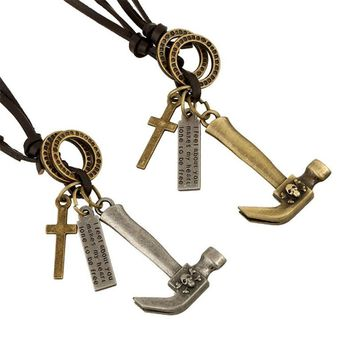 2017 New Fashion Hammer Skull Design Pendant Necklaces Vintage Silver Bronze Cross Europe United States Jewelry Hot Sale