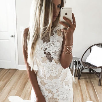 LACE APLLIQUE DRESS - Final Sale