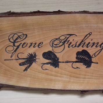 Gone Fishing Wood Carved Signs, Bark Signs, Fisherman Gift, Rustic Wood Signs, Wood Sign Sayings, Word Wood Signs, Wood Craft Woodwork.