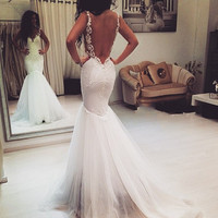 Sexy Design 2017 Mermaid Wedding Dress V-Neck Backless Appliques Lace White Spaghetti Straps Bridal Gown Floor Length AH3