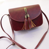 Wine Red Oblong Retro Tassel Seamed Shoulder Bag