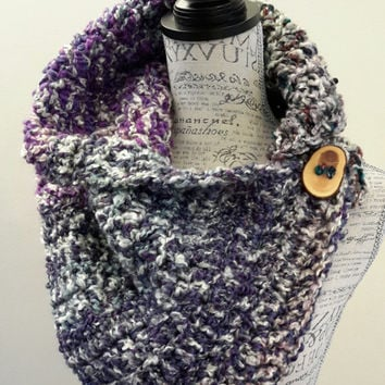 Crochet purple button scarf. Katniss Inspired cowl. scarf Chunky. Made by Bead Gs on ETSY. Wood Button. Winter Scarf.
