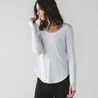 yogini 5 year long sleeve tee | women's short sleeves | lululemon athletica