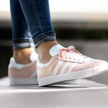 CREYNW6 Adidas Originals Wmns Gazelle Vapour Pink / White / Gold Metallic Women's Sneakers Classic Casual Shoes