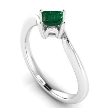 Twist Solitaire Green Engagement Ring Square cut Emerald cut Emerald Minimalist Emerald Ring made in 14K 18K White gold Birthday Gift