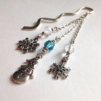 Snowman and snowflake Bookmark in light Blue, Bookmark,Snowman Bookmark,Beaded Bookmark,Metal Bookmark,Unique Bookmark,Book Accessories,Gift