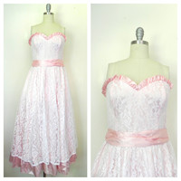 Vintage 1970s Gunne Sax by Jessica McClintock Pink and White Lace Strapless Gown