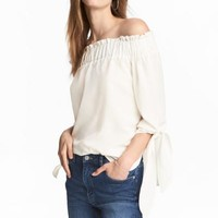 Off-the-shoulder top - White/Patterned - Ladies | H&M CA