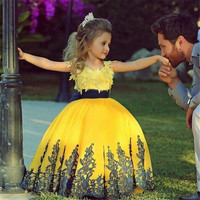 Yellow Ball Gown Kids Evening Gowns Special Design Appliqued Tulle Satin Cap Sleeve Flower Girl Dresses