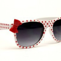 Amazon.com: Kids Girls Wayfarer Polka Dots Bow Vintage Sunglasses Kd210 (white / red, UV400): Clothing