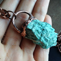 Raw Fuchsite Necklace - Electroplated Necklace Muscovite - From Brazil - Copper Chain - Boho - Hippie Necklace