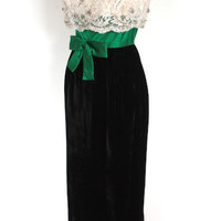 Vintage 1960's Dress // 60s Black Velvet and Beaded Party Dress with Green Bow // The Prince and the Showgirl // DIVINE