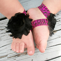 Baby Barefoot Sandals .. Black and Pink .. Toddler Sandals .. Newborn Sandals