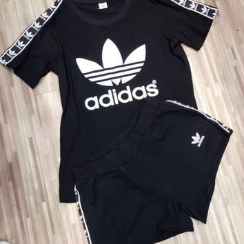 """ Adidas "" Black Top Tee Leisure Sports Pants Sweatpants Two-Piece"