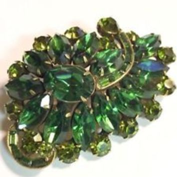 Vintage Weiss Green Rhinestone Leaf Spray Brooch