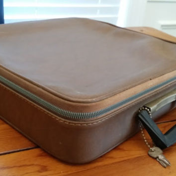 Vintage Faux Leather Record Album Lockable Travel and Storage Case Bag with Keys Retro Decor Fathers Day Guy GIft