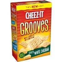 Cheez It Grooves Sharp White Cheddar, 9 Ounce