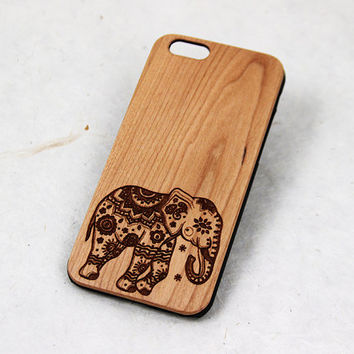 Elephant Wood iPhone 6 Case, iphone 4 case wood, iphone 5s case wood, wooden iphone case, decorative animal engraved natural phone case