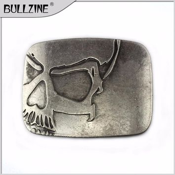 Skull belt buckle with antique silver finish suitable for 4cm width snap on belt