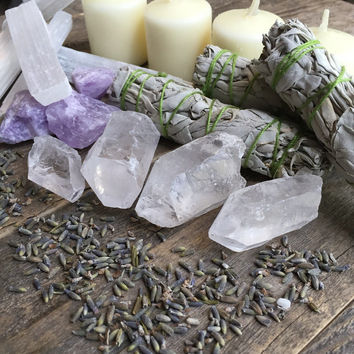 Cleansing Crystals and Sage Kit Alter Kit Raw Crystal Healing Crystals and Stones Meditation Stones Sage Set Sage and Stones Bohemian Decor